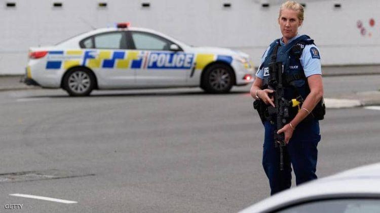 """نيوزيلندا.. تفجير جديد """"تحت السيطرة"""" وأمن مسلح يحيط بالمساجد"""