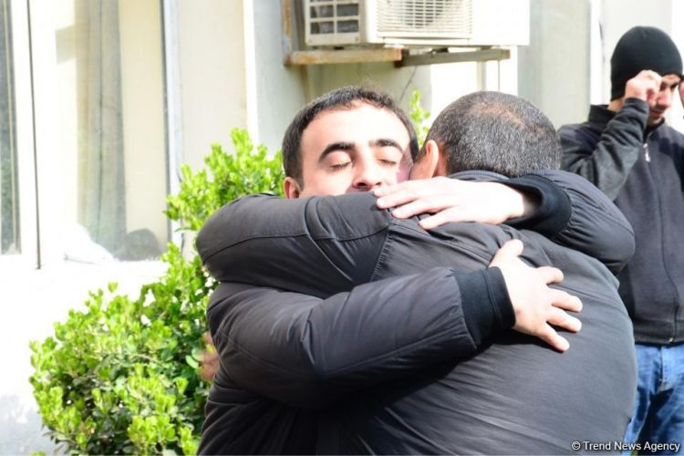 Azerbaijani president pleases the families of prisoners signing pardon decree