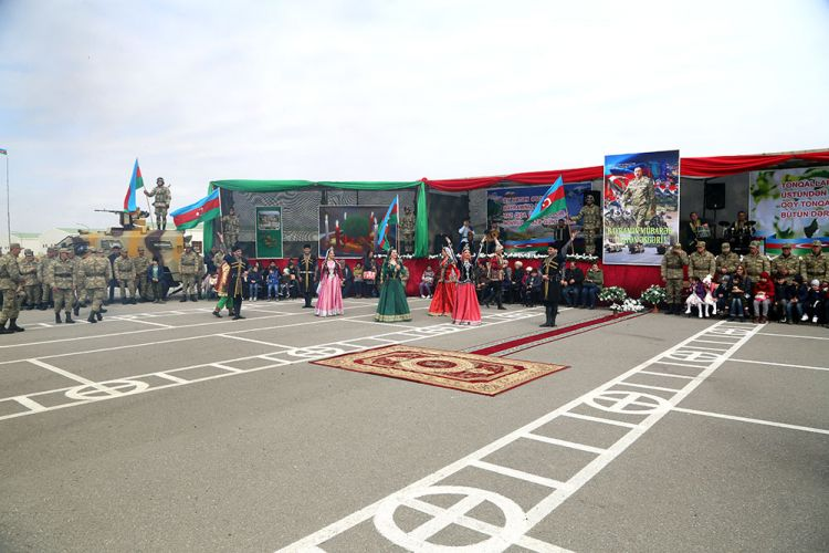 Azerbaijani Defense Minister took part in the Open Doors Day - VIDEO - PHOTOS
