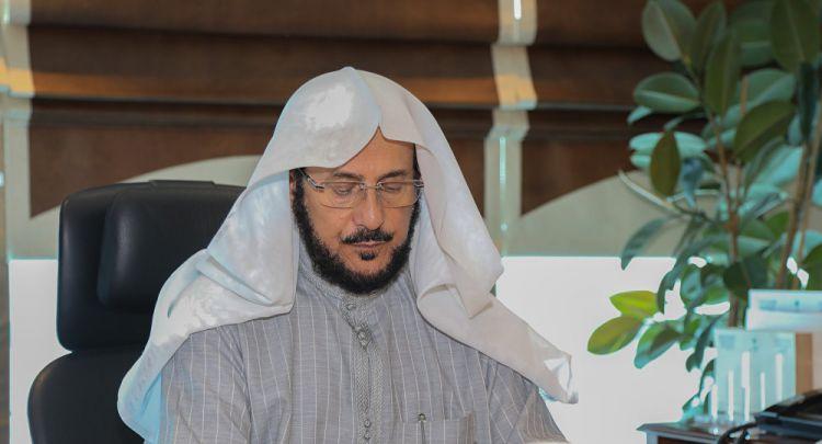 """خاص لـ """"سبوتنيك""""... وزير الشؤون الإسلامية السعودي: التفاف الشعب حول قادة المملكة أفشل مخططات الفتنة"""