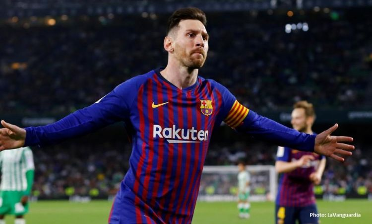 Hat-trick by Lionel Messi - Is it an answer to C.Ronaldo? - VIDEO