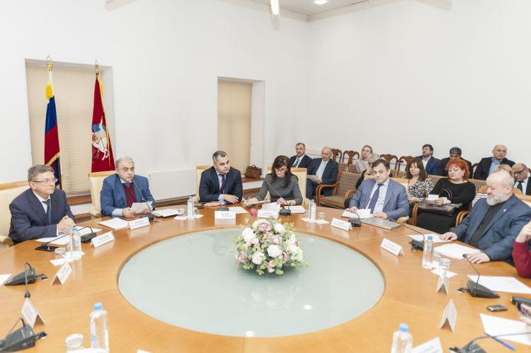 В Москве проведен азербайджано-армянский Круглый стол - Кямал Али - ВИДЕО