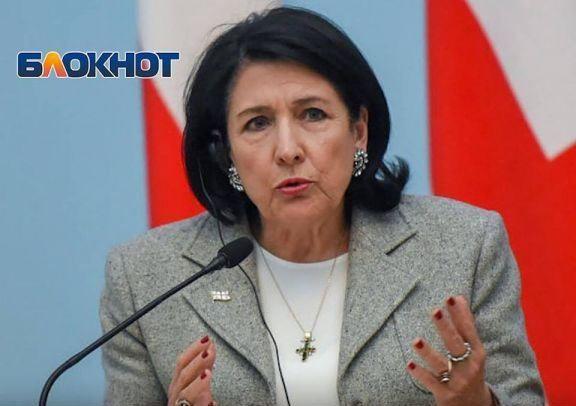 Зурабишвили категорически отказалась общаться на русском языке с  азербайджанцами