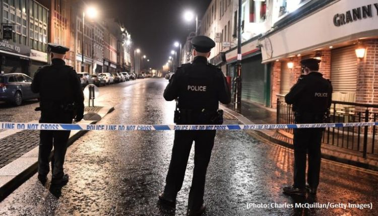 One woman dies in Northern Ireland - Police calls 'terrorist incident'