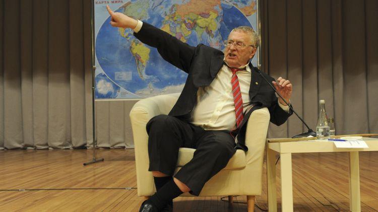 Жириновский раскритиковал за помощь в восстановлении  Нотр-Дам