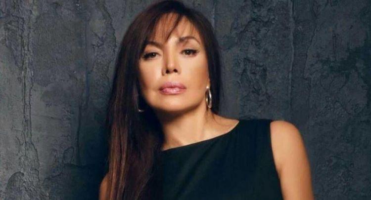 ru/news/culture/363104-tureckaya-aktrisa-meral-konrat-priletela-v-baku