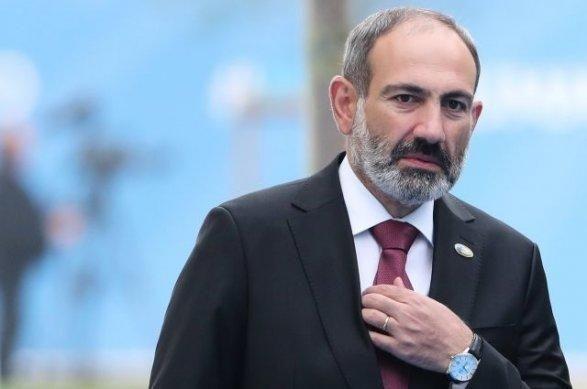 """""""Bir qarış torpaq verməyəcəklərini deyənlər""""... - Sabiq nazir Babayandan Paşinyana sərt tənqid"""