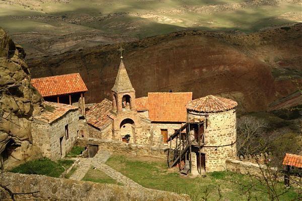 Gürcüstanla Azərbaycan arasında monastr problemi? - Politoloq: Gərginlik olmadan aradan qaldırılacaq