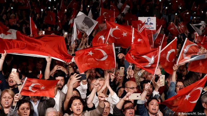 Alman uzman von Steinsdorff: Türkiye'de anayasal kriz yaşanıyor
