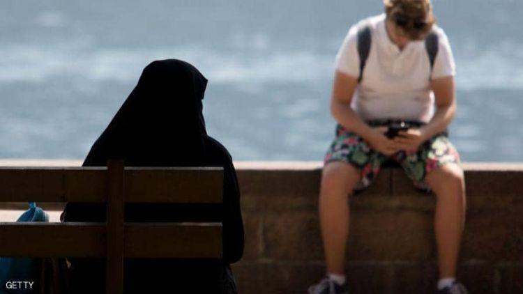 """النمسا تقر مشروع """"قانون منع ارتداء الحجاب"""" في المدارس"""