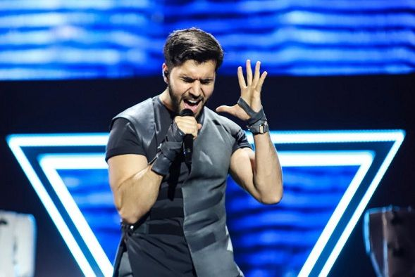 Who is Chingiz Mustafayev? - Azerbaijani singer with laser-pointing arm robots