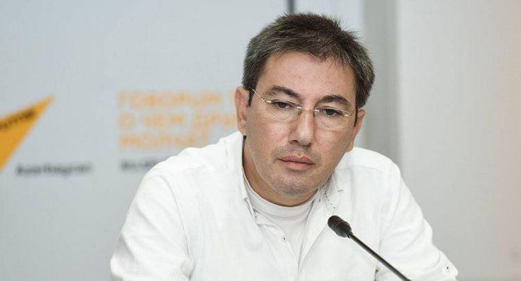 ثمن التوقيع الأرمني ... - العالم السياسي ايلقار ولي زاده