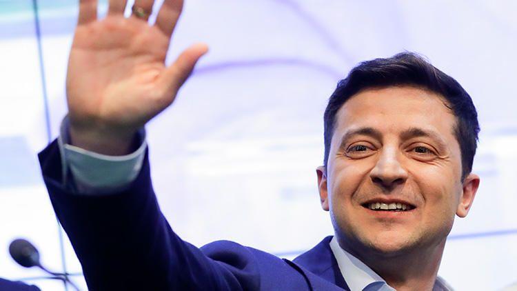 Türklərə vətənini geri qaytaracağıq - Zelenski