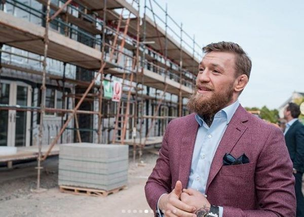 MMA star to build houses for homeless