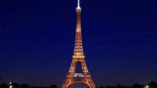 برج إيفل أيقونة باريس يحتفل بعيده الثلاثين بعد المئة - الفيديو