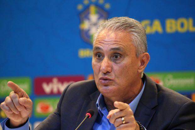 en/news/sport/367593-fernandinho-in-moura-out-for-brazil-in-copa-america