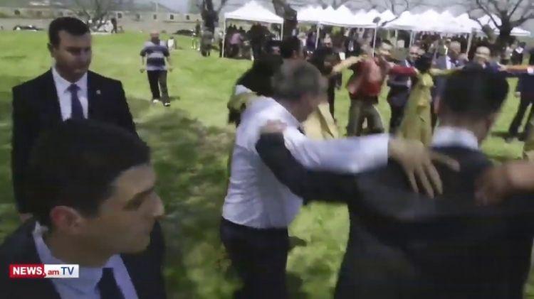 أذربيجان ليست محظوظة بجيرانها، لكن لا  يمكن اختيارهم
