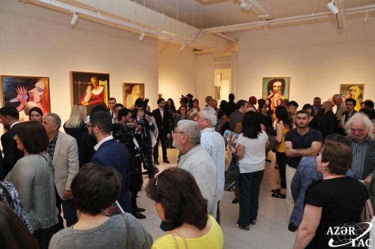 В Баку открылась выставка, посвященная женщинамg