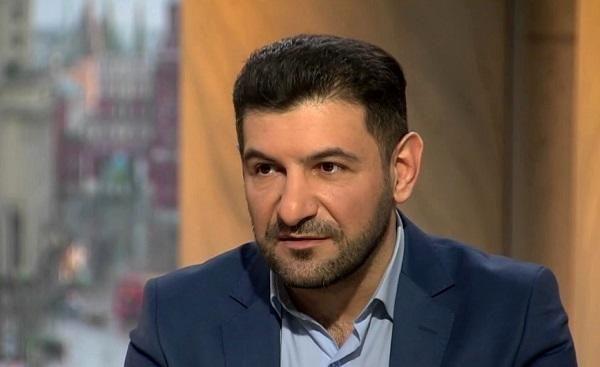 Türkiye ve Azerbaycan'ın pozisyonunu Rus televizyon kanallarında savunan Tv Muhabiri, gazeteci Fuad Abbasov - Rus polisleri tarafından vahşicesine darb edilerek tutuklandı!