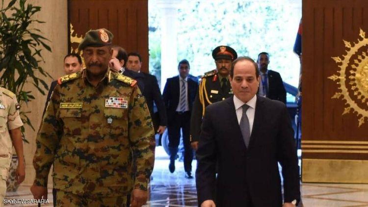 """السيسي والبرهان يتفقان على """"دعم الإرادة الحرة"""" لشعب السودان"""
