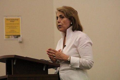 محللة توضح لـCNN كيف أن الضغط الخارجي على إيران يصعّب الوصول لاتفاق