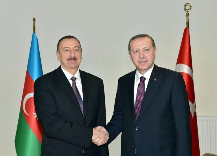 المكالمة الهاتفية بين الرئيس التركي ورئيس جمهورية أذربيجان