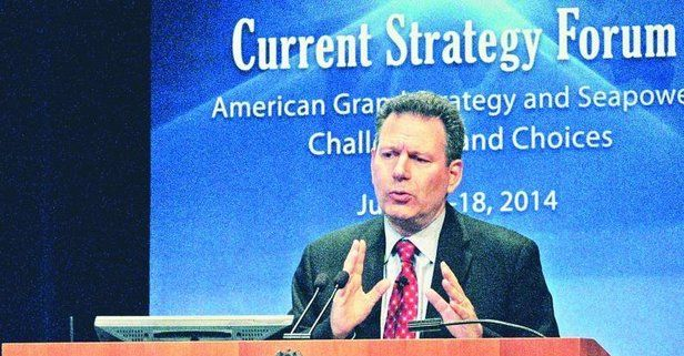 ABD'li analist Robert D. Kaplan New York Times'a yazdı: ABD'nin Körfez'de kazanma şansı yok.