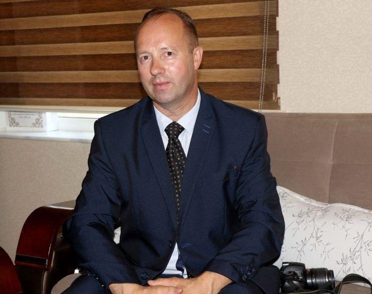"""""""Karabağ'da vurulmuş mezar taşları gördüm"""" - Litvanyalı gazeteci"""
