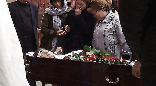 Мать заметила слезы на глазах сына и спасла его от кремации