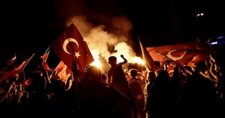 """""""15 Temmuz sadece darbe girişimi değildi, hem de devletin temelini sarsmaya teşebbüsdü"""" - AKP`nin Azerbaycanlı milletvekili"""