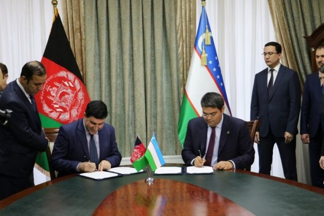 Uzbekistan, Afghanistan sign US$ 68 million worth of 25 deals at business forum