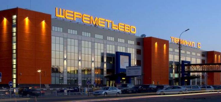 В Шереметьево в летевшем в Ереван Boeing произошло задымление, есть пострадавшие