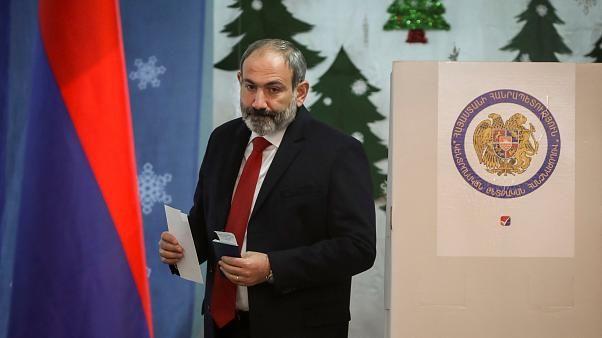 """""""Ermənistanda vəziyyət Paşinyanın nəzarətindən çıxır"""""""