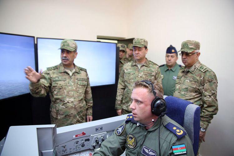 """Qəzaya uğrayan MiQ-29 pilotunun oğlu: - """"Zəng edin, atamla danışmaq istəyirəm"""""""