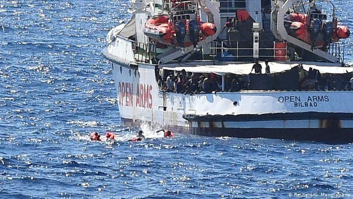 İspanya'dan İtalya'ya sığınmacı eleştirisig