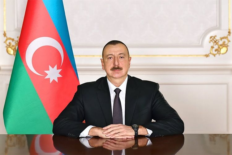 Azerbaijani President congratulates Ukrainian counterpart