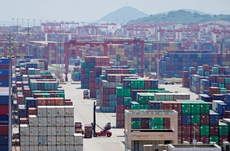 Trump heaps another 5% tariff on Chinese goods in latest tit-for-tat escalationg