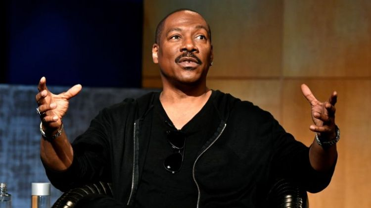 en/news/culture/386246-eddie-murphy-backs-to-stand-up-stage