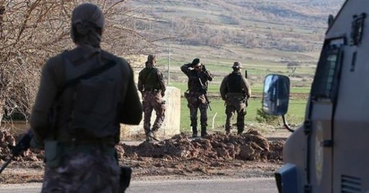 SON DAKİKA! Diyarbakır Teröründe son durum - HDP  Kulp İlçe başkan tutuklandı!