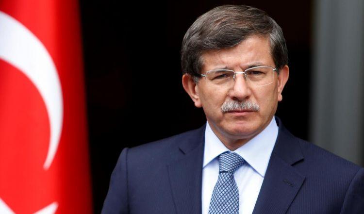 Ахмет Давутоглу покинул партию Эрдогана