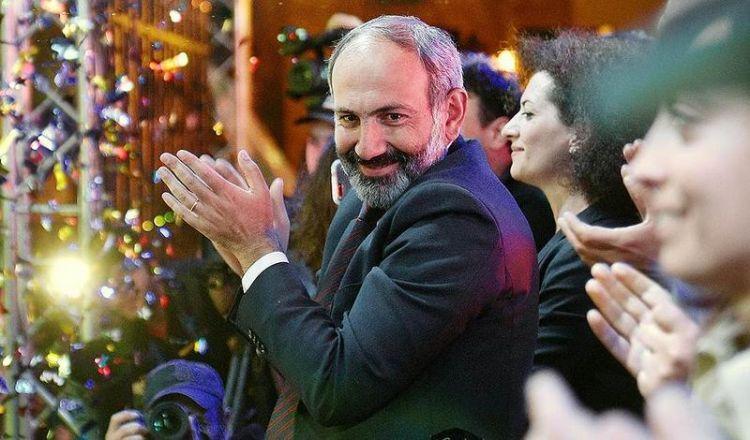 Пашинян запустил руки в карманы граждан Армении