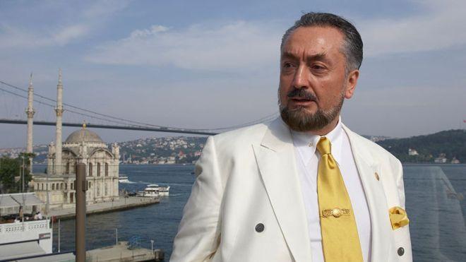 """Adnan Oktardan Şok açıklamalar """"Ben dışarıdayken Tayyip Bey'in oy almasını sağlıyordum"""""""