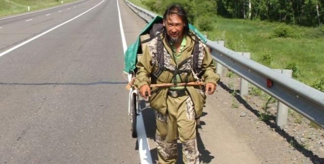 Шамана, идущего «изгонять» Путина, задержали в Бурятии
