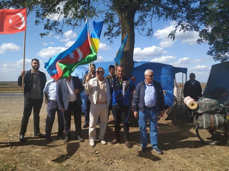 Лачинец совершает политический автопробег по Украине - ФОТО