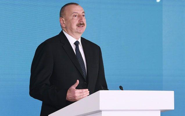 Prezident Neftçilər Günü ilə bağlı mərasimdə - YENİLƏNİB - FOTOLAR