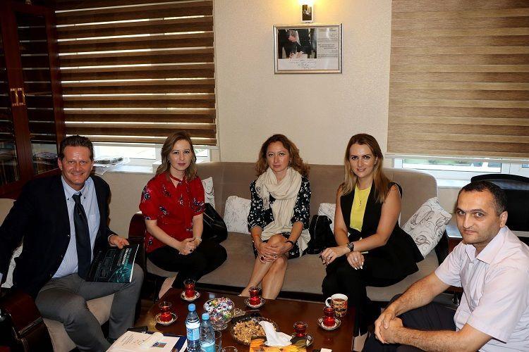 Maliyyə texnologiyalarının təşviqi ilə bağlı konfransın təşkilatçıları BAMF-in ofisində olublarg