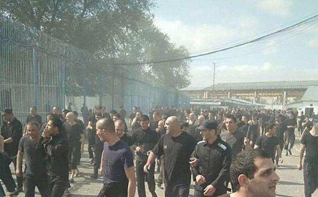 В Дагестане заключенные устроили бунт - ВИДЕО