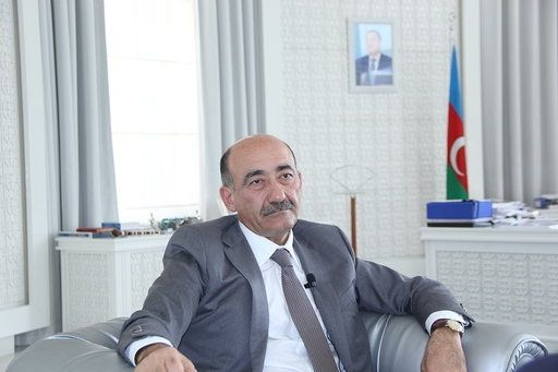 """""""Radara da düşmüşəm, cərimə də ödəmişəm"""" - Azərbaycanlı nazir"""