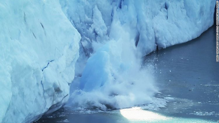Scientists alarmed by Iceland's melting glaciers