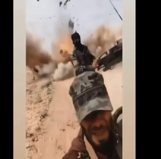Türk ordusu YPG konvoyunu belə vurdu - terrorçular göyə sovruldu - VİDEO